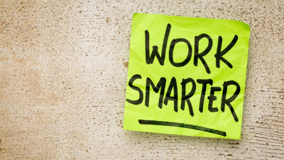 post-it that reads work smarter