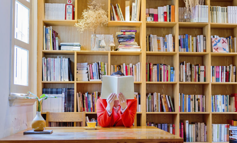 10 publishing editorial jobs for people who love books solutioingenieria Gallery