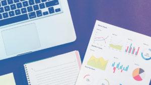 laptop charts graphs seo